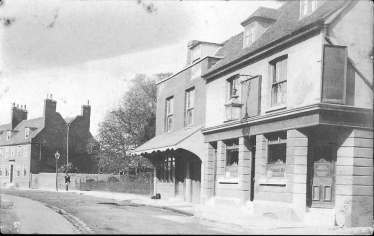 Unknown Pub in Strood