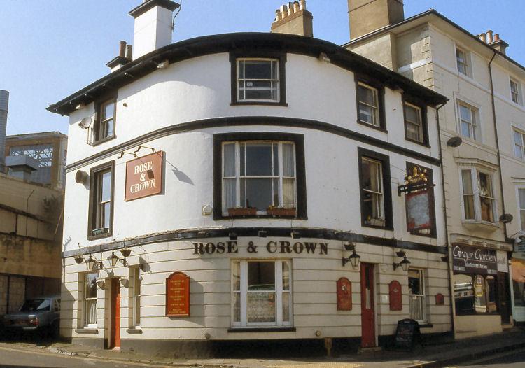 rose and crown pub of tunbridge wells. Black Bedroom Furniture Sets. Home Design Ideas