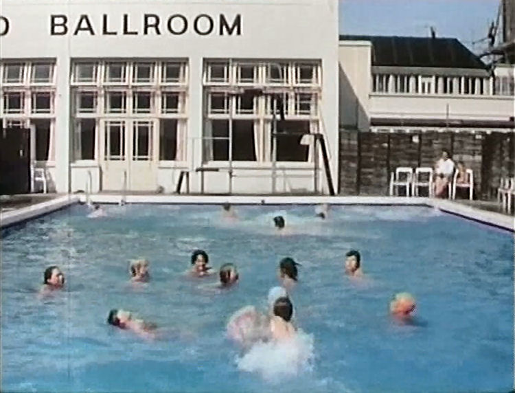 Grand hotel pubs of broadstairs - Grand menseng hotel swimming pool ...