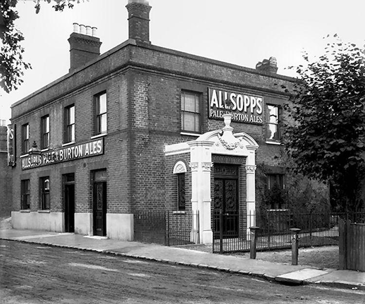 Railway Tavern 1900
