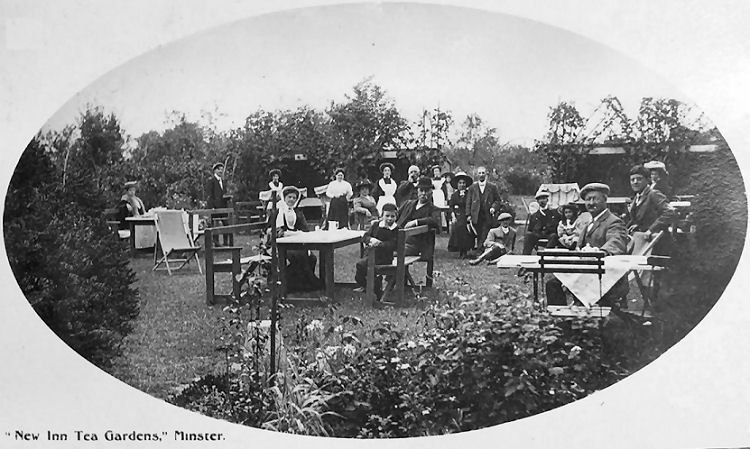New Inn tea gardens 1910