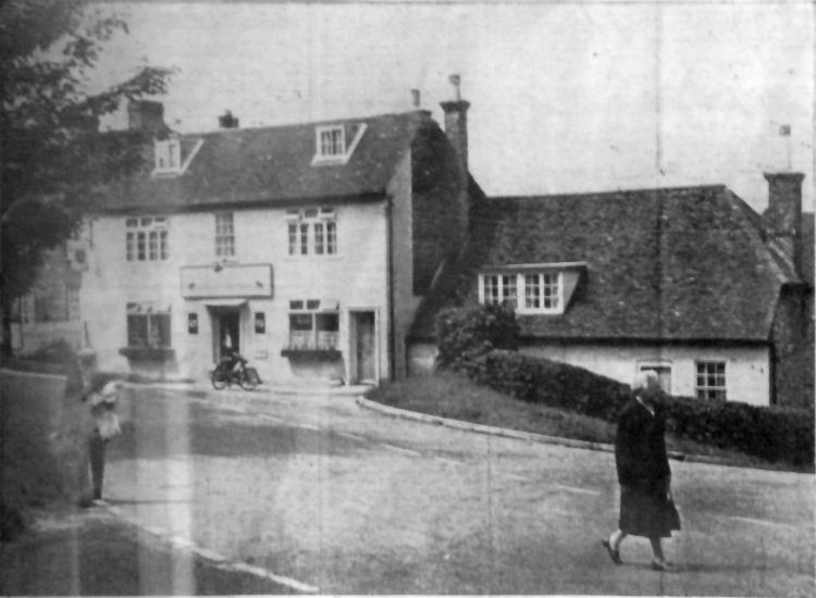 Bricklayers Arms circa 1950?