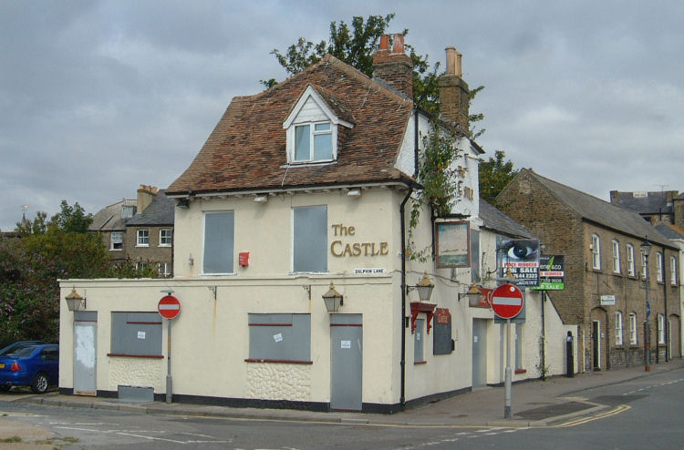 Closed Castle Inn 2009