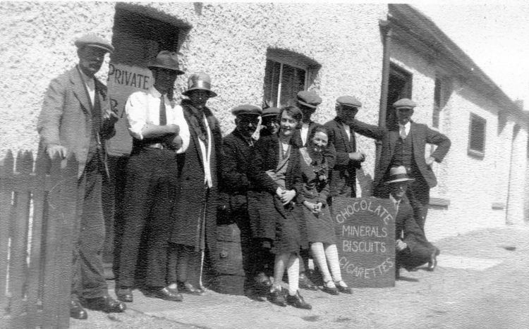 Hope Inn, Lydden regulars 1930s