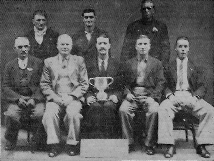 Invicta dart team 1937