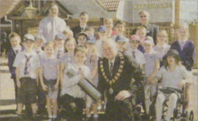 Children from Whitfield and Aspen Primary School 2010