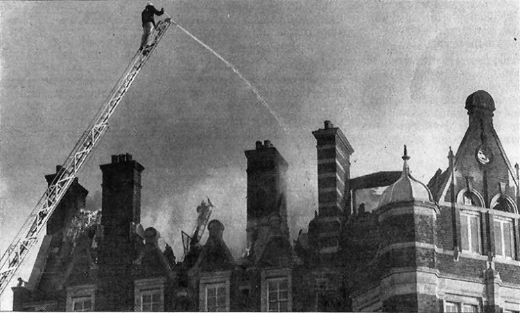 Queen's Hotel on fire