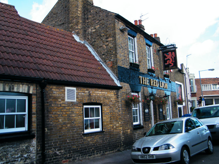 Red Lion 2010