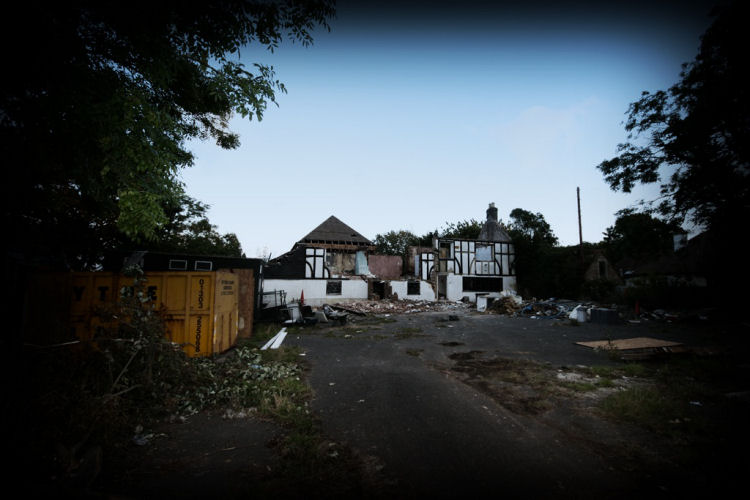 Chequers demolition