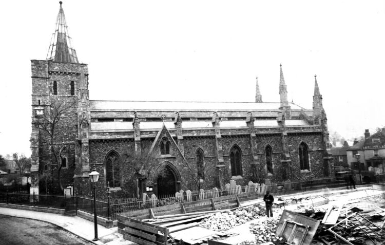 St Mary's Church and Star inn  circa 1910